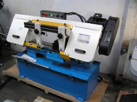 Bandsaw Rongfu (Taiwan) 250mm, hydraulic blade tension, laser sight New