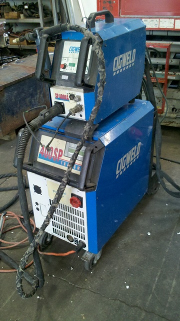 Mig welder Cigweld SP400 pulse and twin pulse synergic, sperate wire feeder, 3phase 400amp
