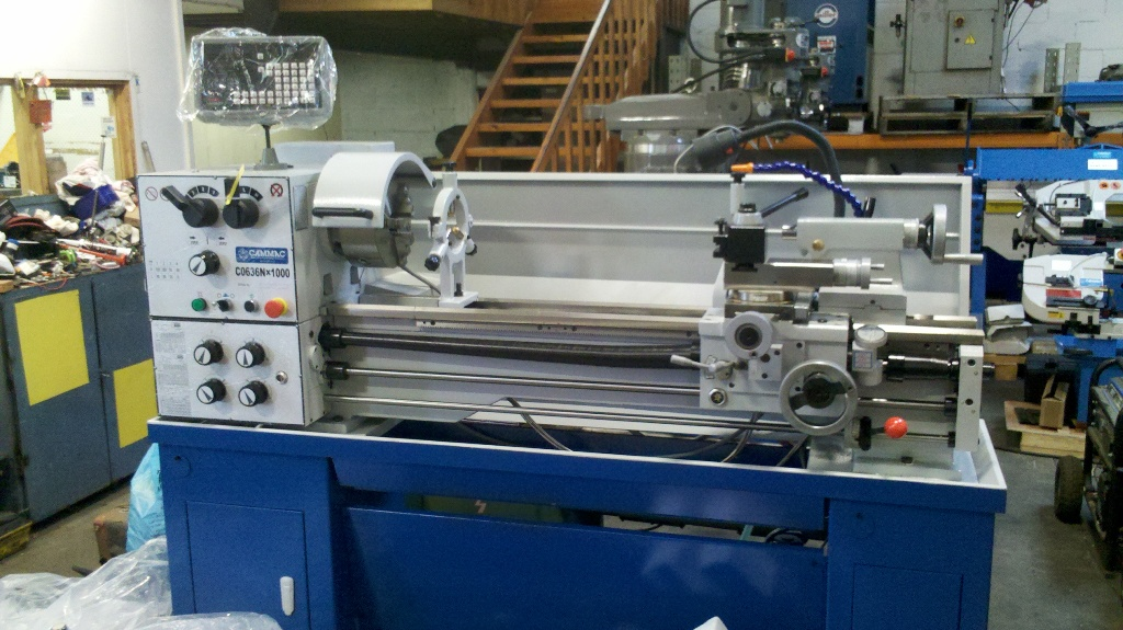 Lathe New CO636N/1000 Digital Readout, 52mm spindle bore, 2hp 1 pase motor,70-2000rpm,swing 360mm, 1000 between centres, coolant pump, quickchange toolpost, footbrake, light