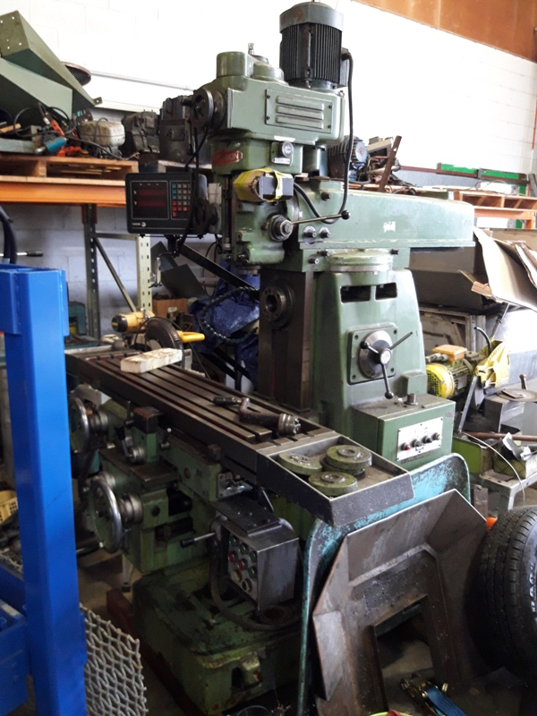 Turret Mill Wacheon NT40 spindle