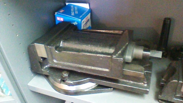 Machine vice 150mm with swivel new $275+gst