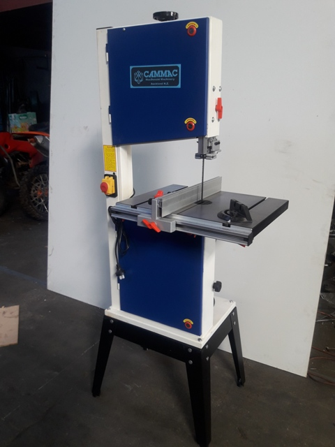 Bandsaw woodworking 14'' throat x 150mm height 1 phase .75 hp 4 speed New
